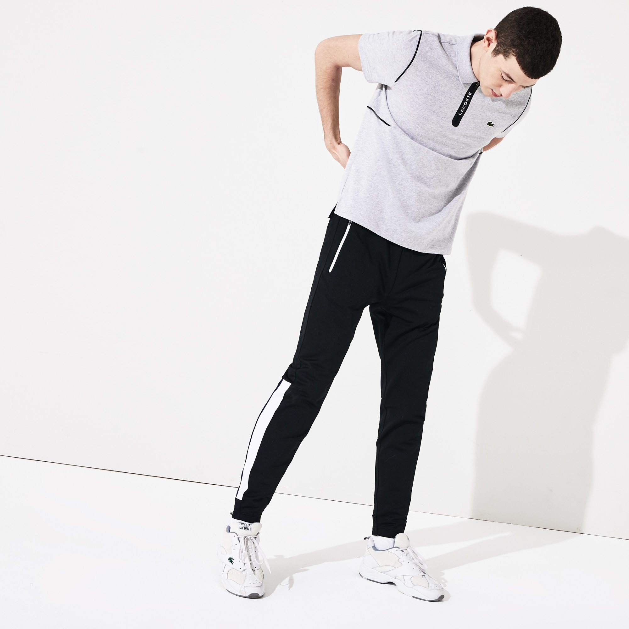 라코스테 Lacoste Men's SPORT Colorblock Tricot Sweatpants,Black / White / Blue - Y4W