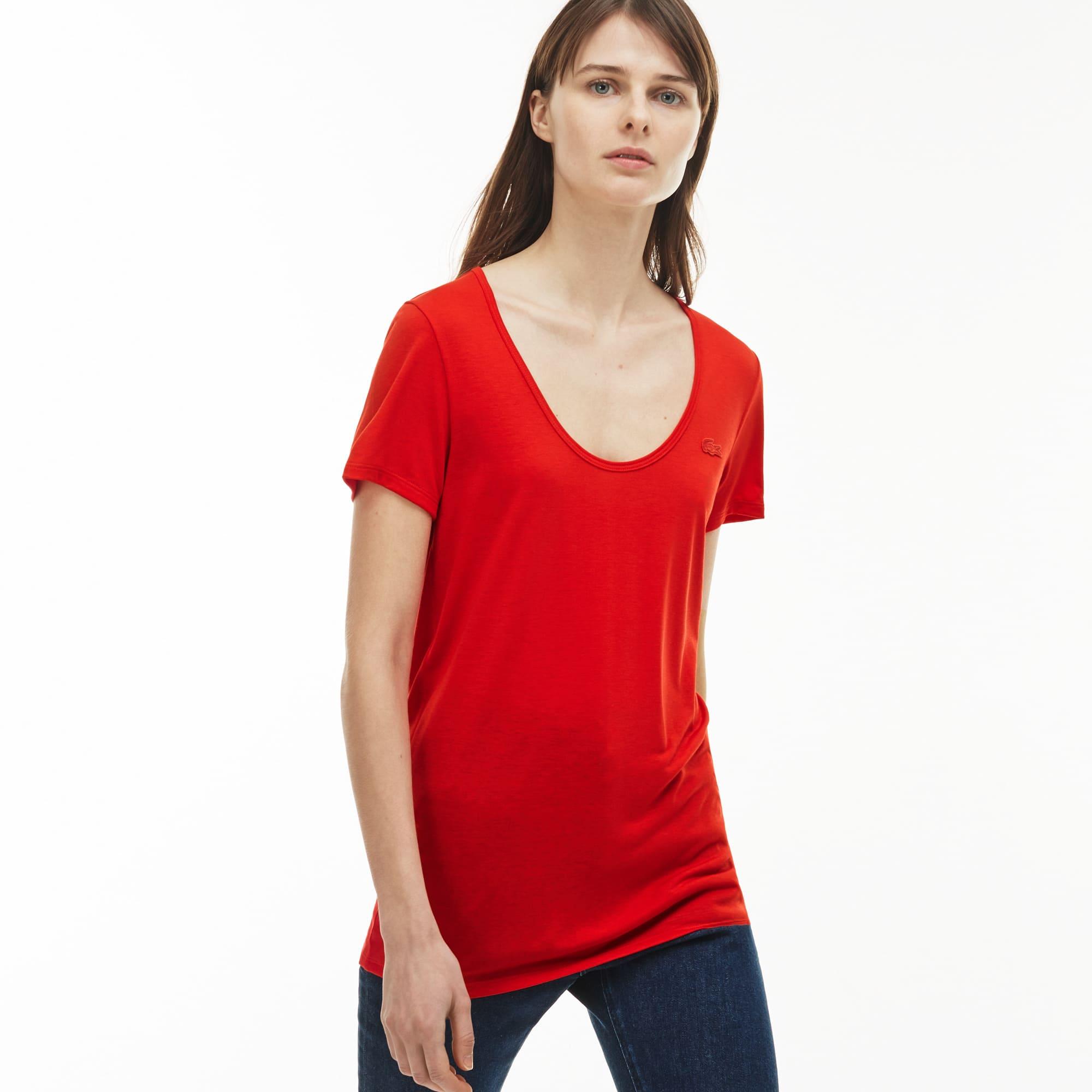 Women's Scoop Neck Flowing Jersey Blend T-shirt