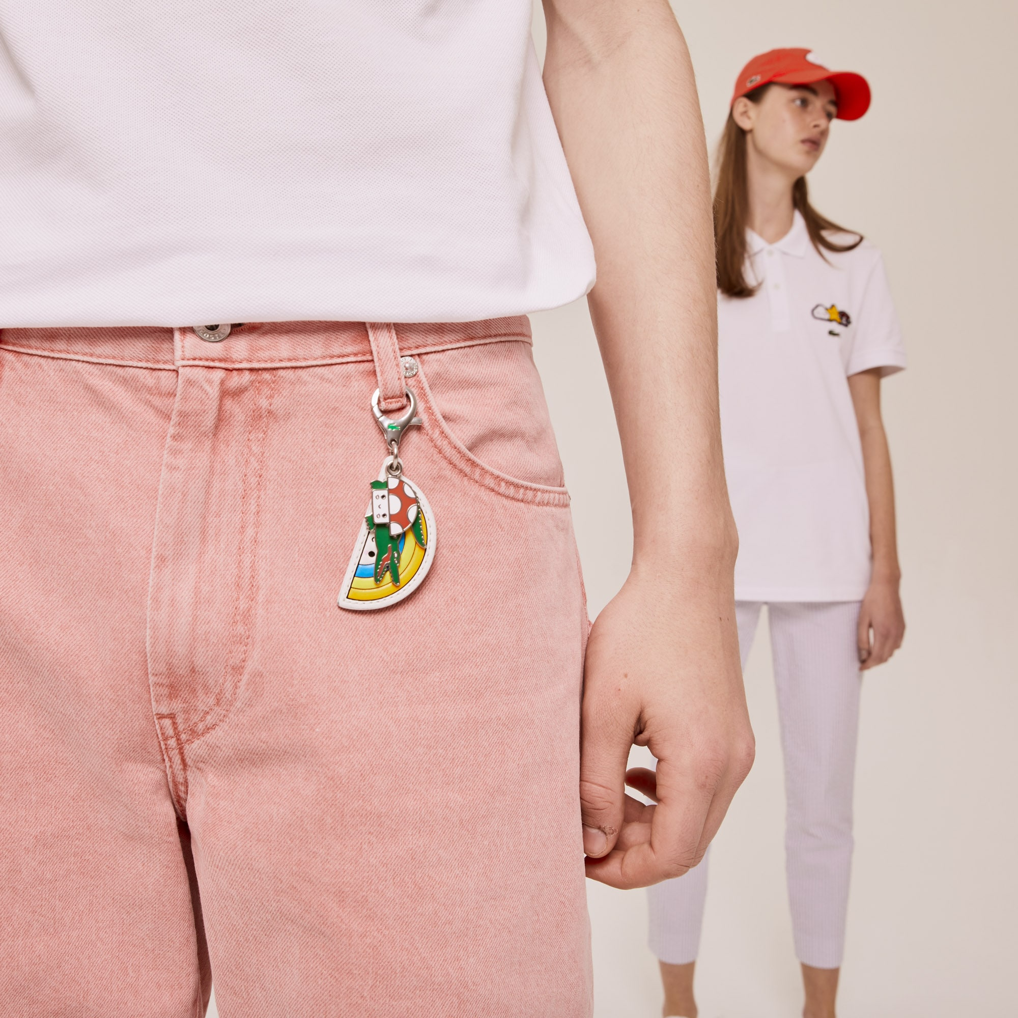 라코스테 x 프렌즈 위드유 콜라보 키링 Lacoste x FriendsWithYou Coloured Metal Charm Keyring,ARC EN CIEL