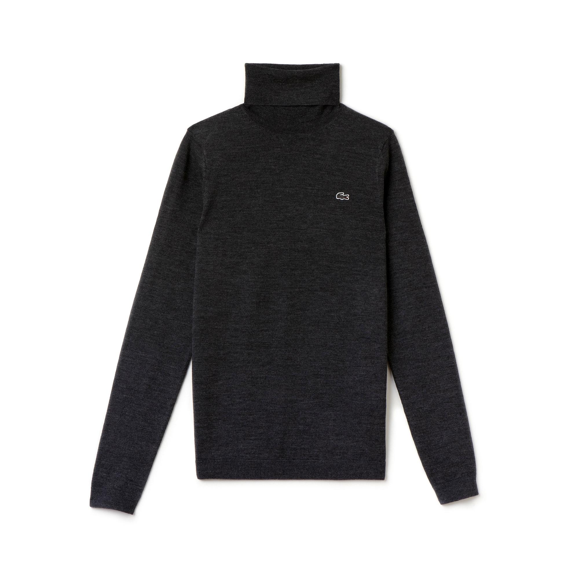 Women's Classic Wool Turtleneck Sweater