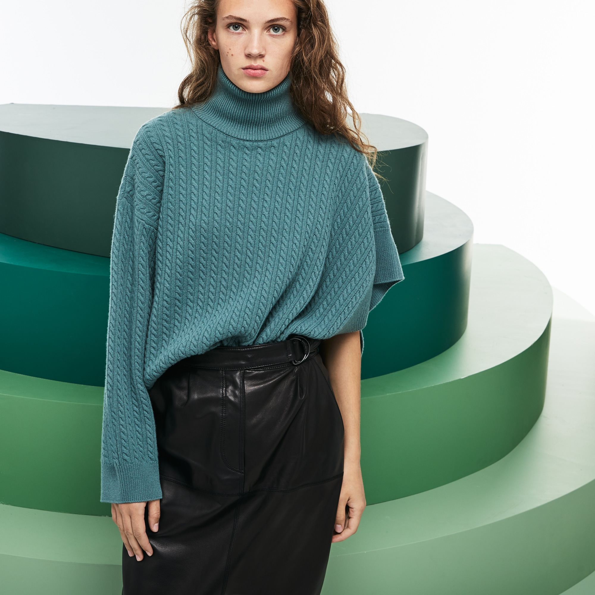 Women's Fashion Show Asymmetrical Sleeves Wool And Cashmere Sweater