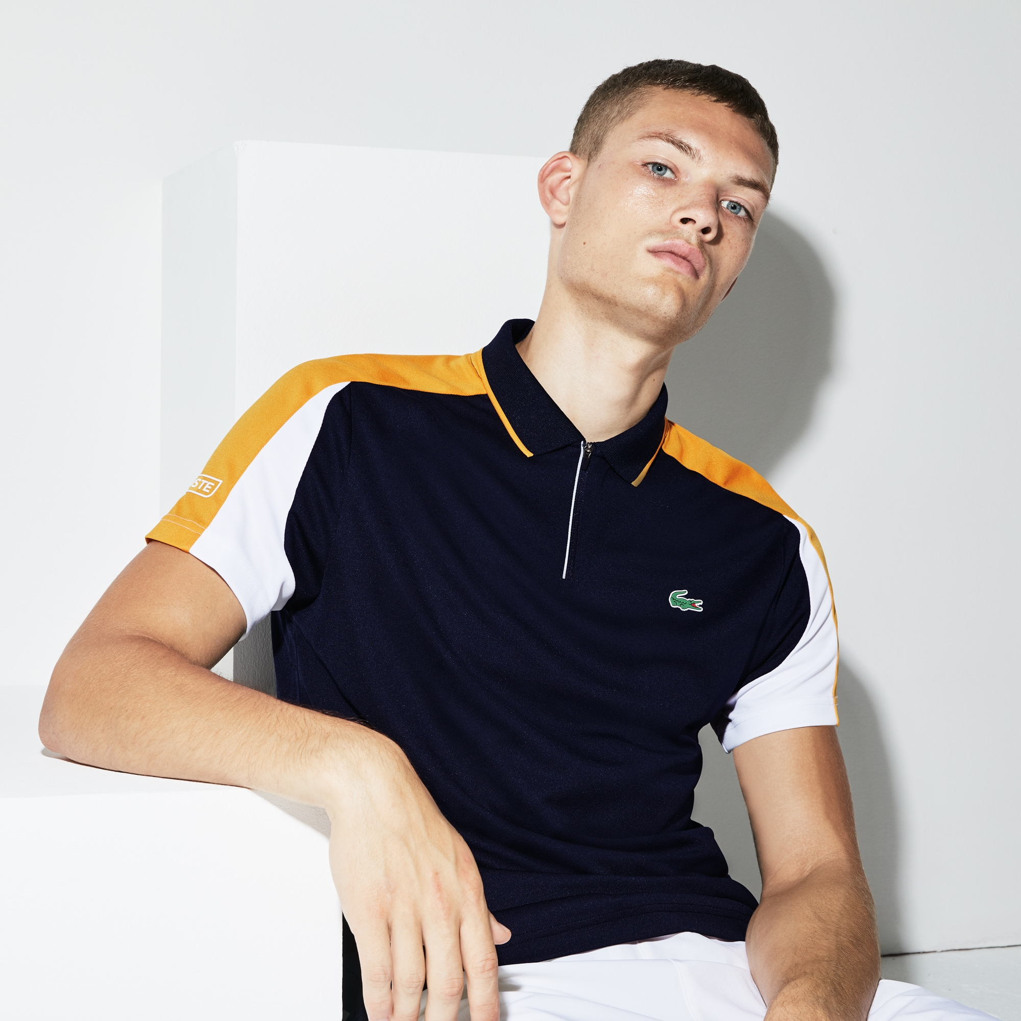 Men's SPORT Zip Neck Contrast Bands Piqué Tennis Polo