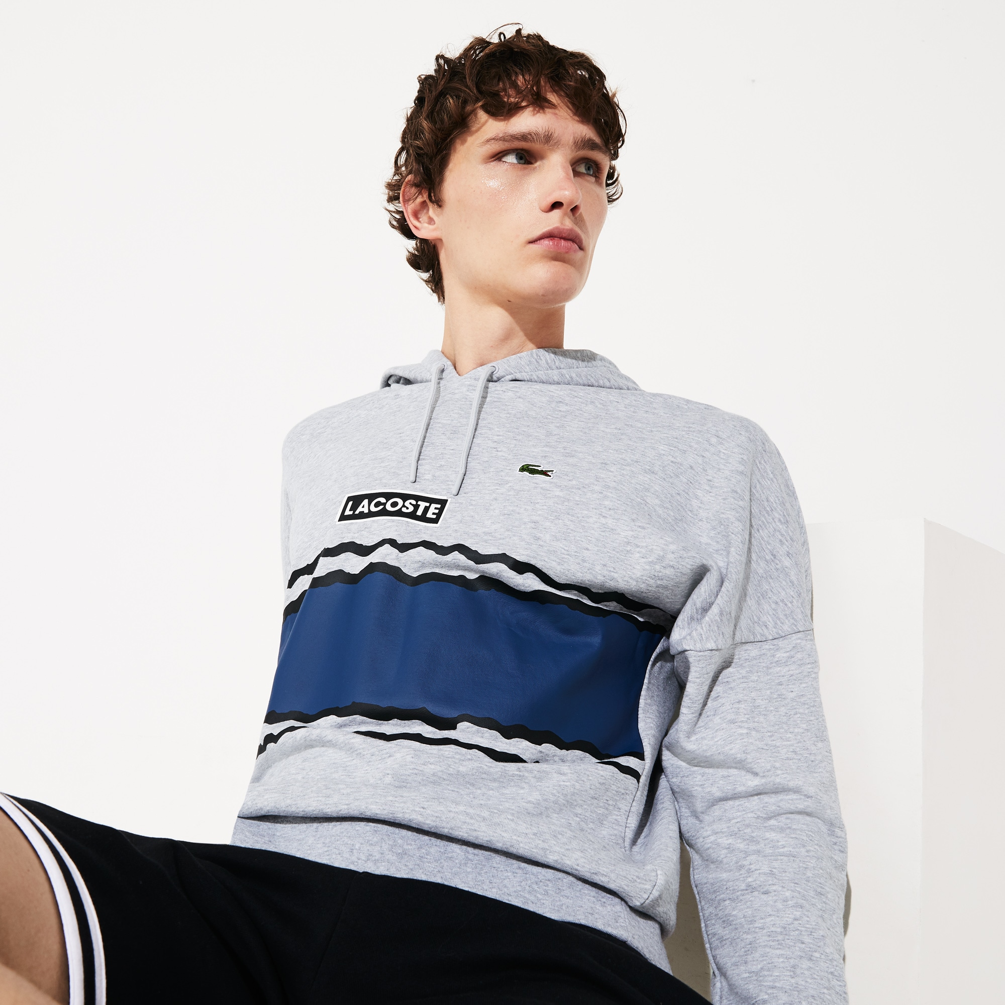 라코스테 후드티 Lacoste Men's SPORT Logo and Banded Stripe Hoodie,Grey Chine / Navy Blue / Black - ST9 (Selected col