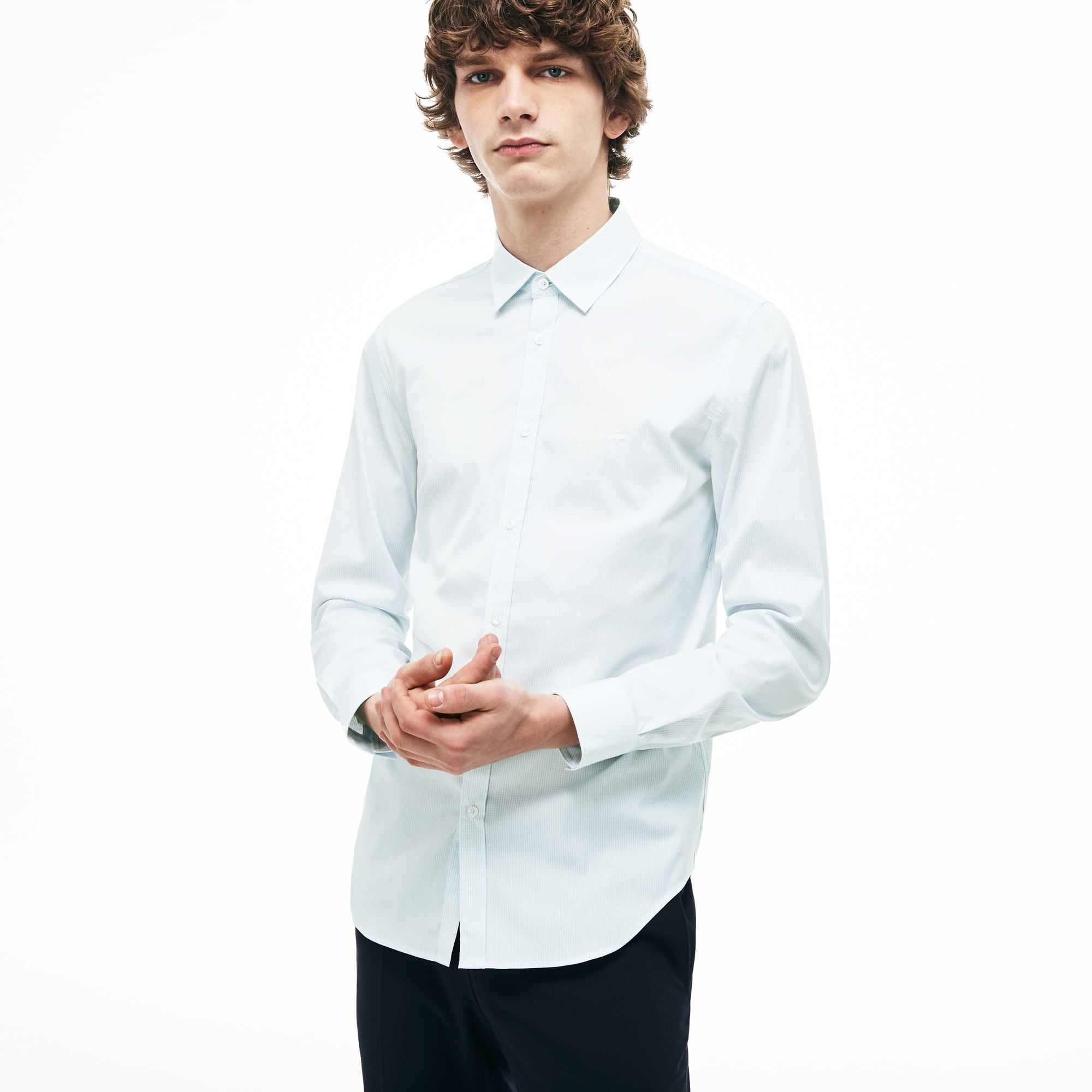 f419ce53a4 Camisa de hombre slim fit en popelín de algodón con estampado de cuadros  pequeños