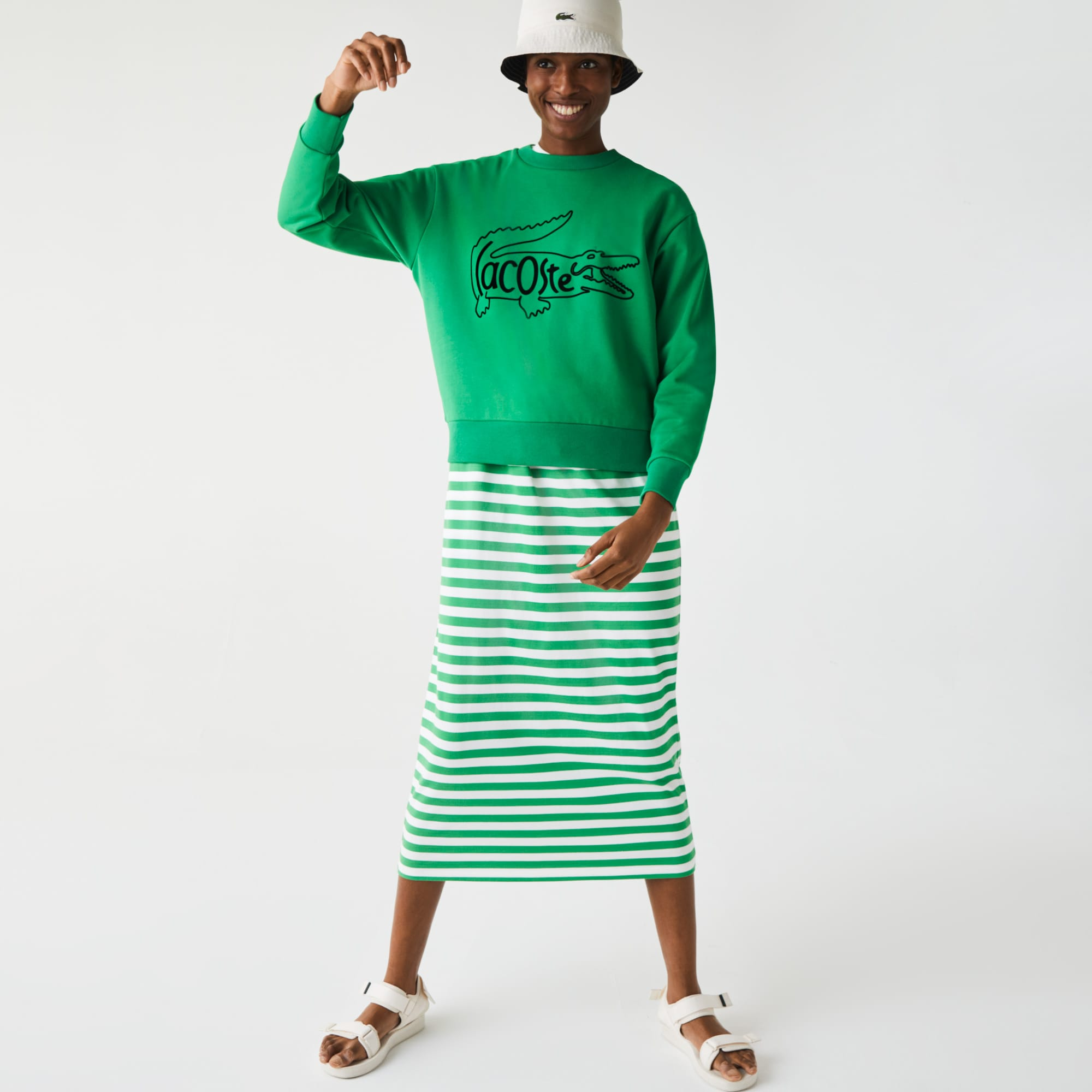 라코스테 Lacoste Women's Crew Neck Crocodile Print Sweatshirt